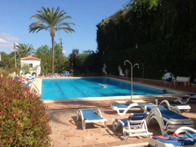 Nueva Andalucia, Ground floor duplex apartment in Nueva Andalucia within walking distance to Puerto Banus