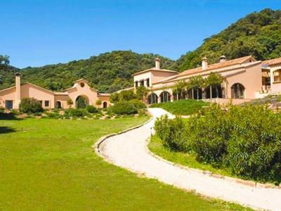 Gaucin, Massive villa in Gaucin set in a sprawling estate of over 50,000 square metres