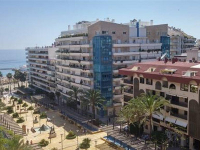Marbella, Beautiful beachside apartment in downtown Marbella just 100 metres from the beach