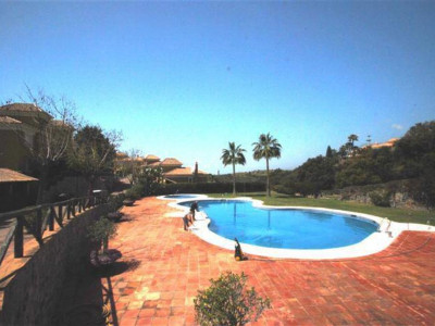 Marbella East, Quality semi detatched villa in Marbella east with panoramic sea views