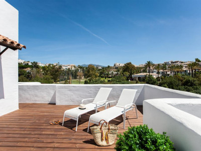 Estepona, Qualtiy apartment in the New Golden Mile in Estepona next to a Golf Course
