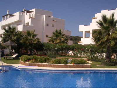 Estepona, Quality apartment in the New Golden Mile in Estepona next to a Golf Course