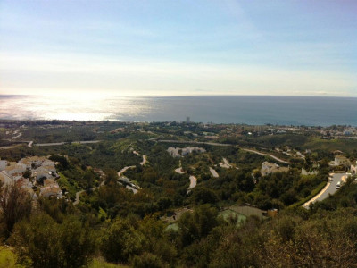 Marbella East, Fantastic plot of land in Marbella east with amazing sea and coastal views