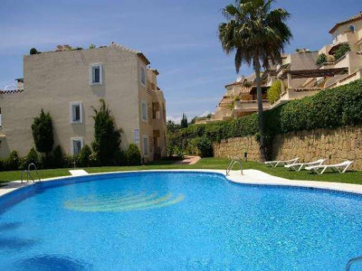 Marbella Golden Mile, Garden apartment in Nagueles in the heart of the Marbella Golden Mile