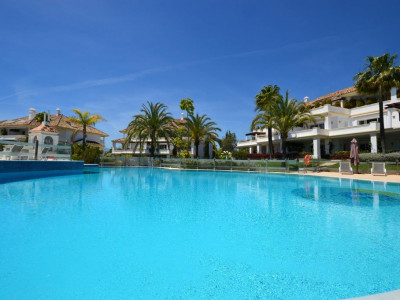 Marbella Golden Mile, Garden apartment in the Marbella Golden Mile in a luxurious gated complex