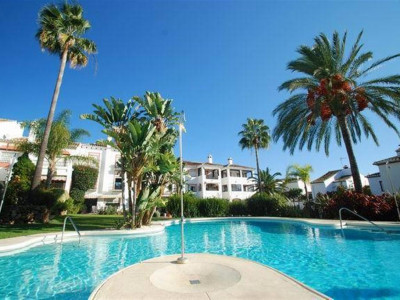 Marbella East, Townhouse in Marbella east close some of the best beaches in the Costa del Sol