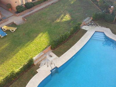 Nueva Andalucia, High quality apartment in Nueva Andalucia just a 5 minute walk from Puerto Banus