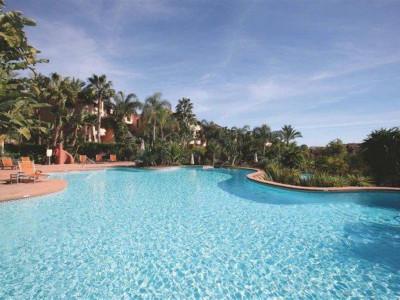 Marbella Golden Mile, Immaculate apartment for sale in the heart of the Marbella Golden Mile