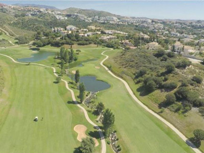 Marbella East, Frontline golf town house for sale in Cabopino with stunning panoramic views
