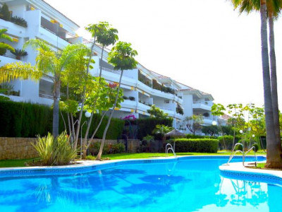 San Pedro de Alcantara, BRIGHT PENTHOUSE IN A BEAUTIFUL DEVELOPMENT IN GUADALMINA ALTA, MARBELLA