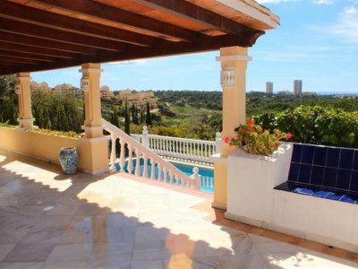 Marbella East, Lovely family villa for sale in Elviria in Marbella with panoramic sea views