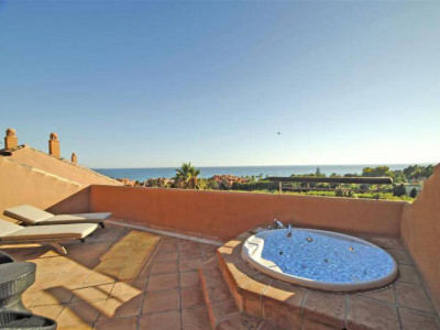 Marbella East, GREAT LARGE PENTHOUSE FOR SALE IN GRAN BAHIA, Marbella East