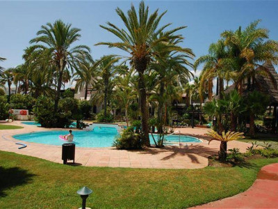 Estepona, Lovely townhouse for sale in Costalita in the New Golden Mile in Estepona
