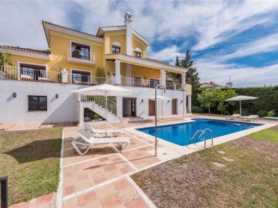 Benahavis, Luxury villa in El Paraiso Alto in Benahavis with unrivalled views & amenities nearby