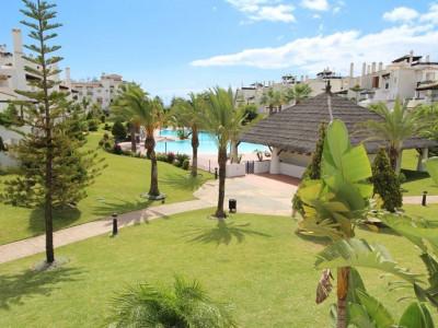 San Pedro de Alcantara, Lovely sunny frontline apartment in San Pedro, Marbella
