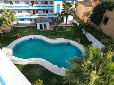 Estepona, Brand new garden apartment for sale in Estepona 300 metres from the beach