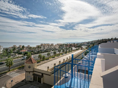 Estepona, New penthouse apartment for sale in Estepona with a large roof Solarium