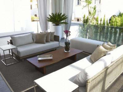 Marbella Golden Mile, Villa de estilo moderno en venta en el corazón de la Milla de Oro de Marbella