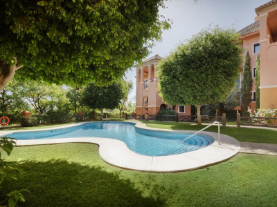 Benahavis, Duplex apartment for sale in Benahavis within a prestigious luxury complex