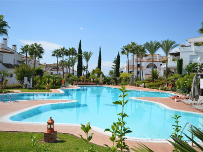 Marbella Golden Mile, Luxurious ground floor apartment for sale in the Marbella Golden Mile