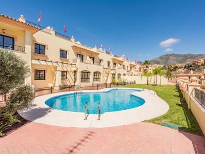 Fuengirola, Quality townhouse for sale in the sought after area of Los Pacos in Fuengirola