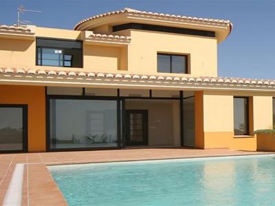 Marbella East, Magnificent modern villa for sale in La Mairena in Marbella east