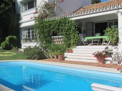 Estepona, Andalucian style villa for sale in El Paraiso in Estepona set on a private plot