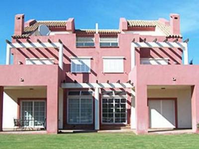 Sotogrande, Bank repossession semi-detached villa for sale in the exclusive Sotogrande