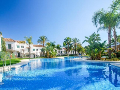 Nueva Andalucia, Penthouse apartment for sale in the heart of the Nueva Andalucia Golf Valley
