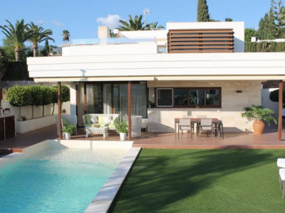 Mijas Costa, Stunning 5 bedroom villa for sale in Mijas Costa