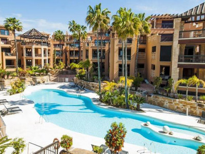 San Pedro de Alcantara, Exclusive luxury two bedroom beachside apartment in San Pedro de Alcantara, Marbella