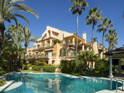 Marbella - Puerto Banus, Stunning beachfront apartment for sale next to Puerto Banus in Marbella
