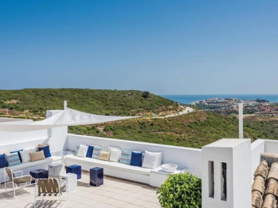 Casares, Brand new luxury apartment for sale in Casares within a prestigious Hotel & Golf Resort
