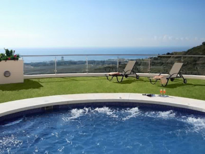 Marbella East, Stunning apartment for sale in Marbella with panoramic views of the Mediterranean coast