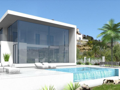 Benahavis, New contemporary villa for sale in Benahavis overlooking a lake and golf course