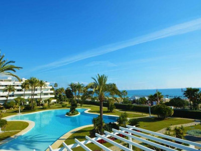Marbella - Puerto Banus, Luxury beachfront penthouse for sale in one most exclusive urbanizations in Puerto Banus