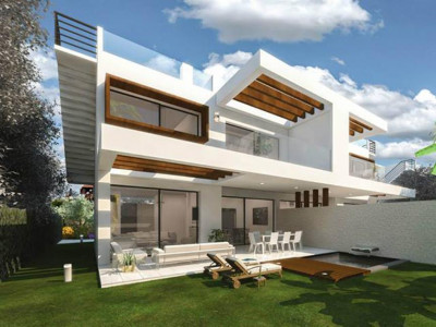 Estepona, Contemporary semi detached villa for sale in Estepona in a privileged location in the Costa del Sol