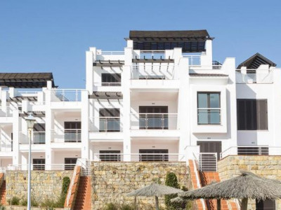 Casares, BRAND NEW PENTHOUSE APARTMENT WITHIN A FRONTLINE BEACH DEVELOPMENT IN CASARES