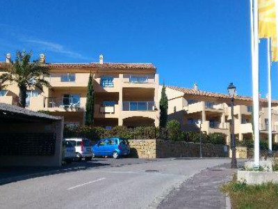 Estepona, Bank repossession apartments for sale in La Resina Golf, Estepona