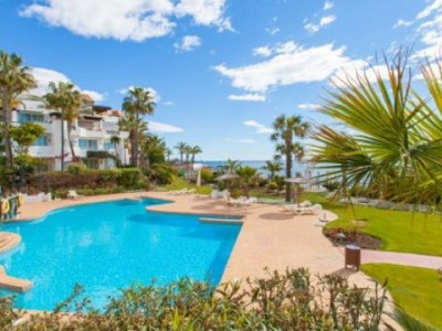 Marbella - Puerto Banus, Luxury ground floor apartment in a frontline beach development, Puerto Banus