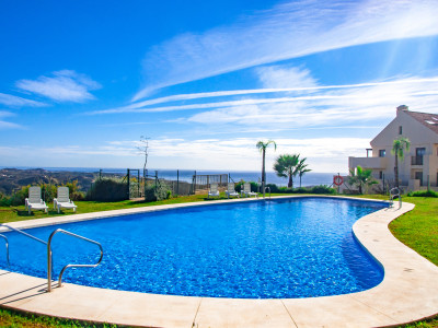 Mijas Costa, 2 bedroom apartment in a modern development in Mijas Costa