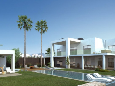Estepona, Fantastic frontline golf villa in construction in Atalaya, Estepona