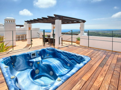 Casares, LUXURY 4 BEDROOM PENTHOUSE WITHIN A BRAND NEW DEVELOPMENT IN BAHIA DE CASARES