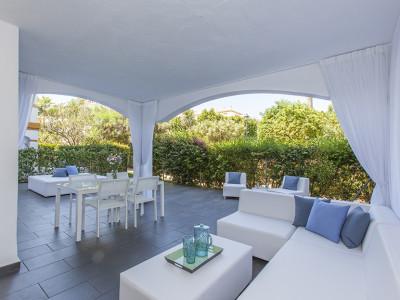 Nueva Andalucia, Stunning luxury two bed ground floor apartment close to Puerto Banus