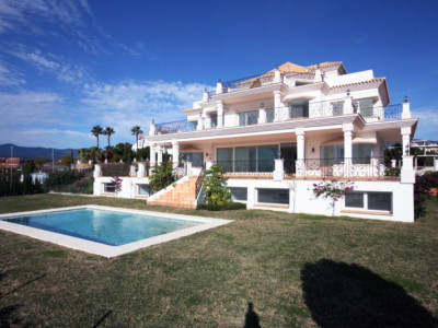 Benahavis, Luxury 7 bedroom villa for sale in Los Flamingos Golf, Benahavis