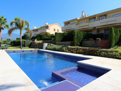 Estepona, Large Semi-Detached Villa within a gated community in Atalaya Golf