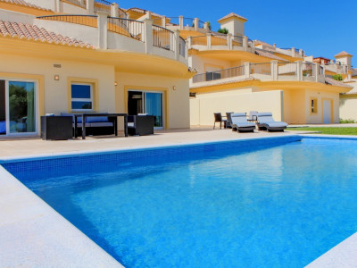 San Roque, Brand new ground floor apartment with a private pool, in San Roque