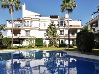 Nueva Andalucia, Recently renovated and furnished 2 bedroom apartment in Los Naranjos, Marbella