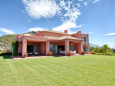 Benahavis, Welcoming villa in Marbella Club Golf Resort, Benahavis