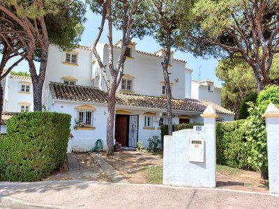 Mijas Costa, Stunning 3 bedroom townhouse in Calahonda, Marbella East